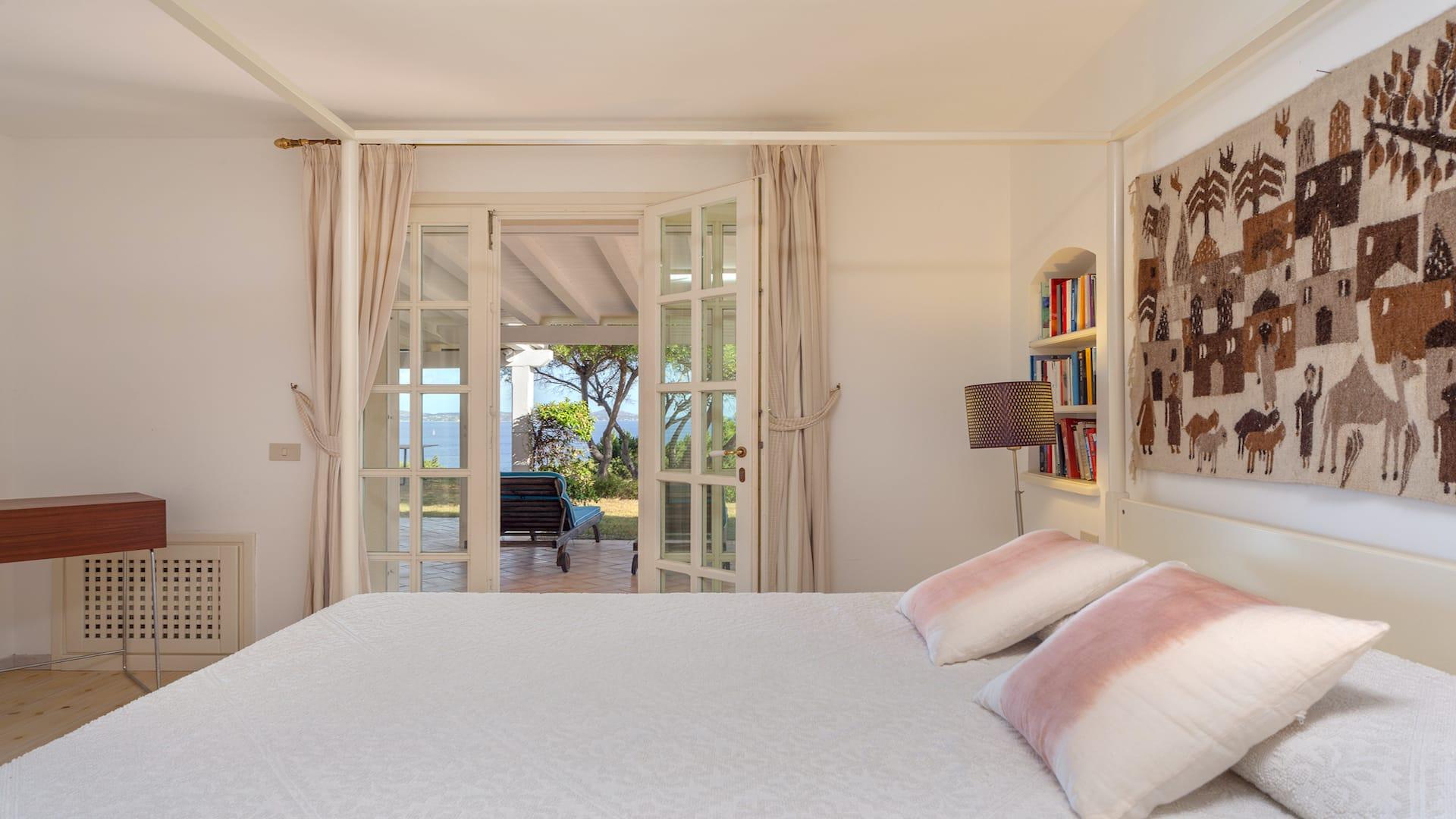 Bedroom01-03
